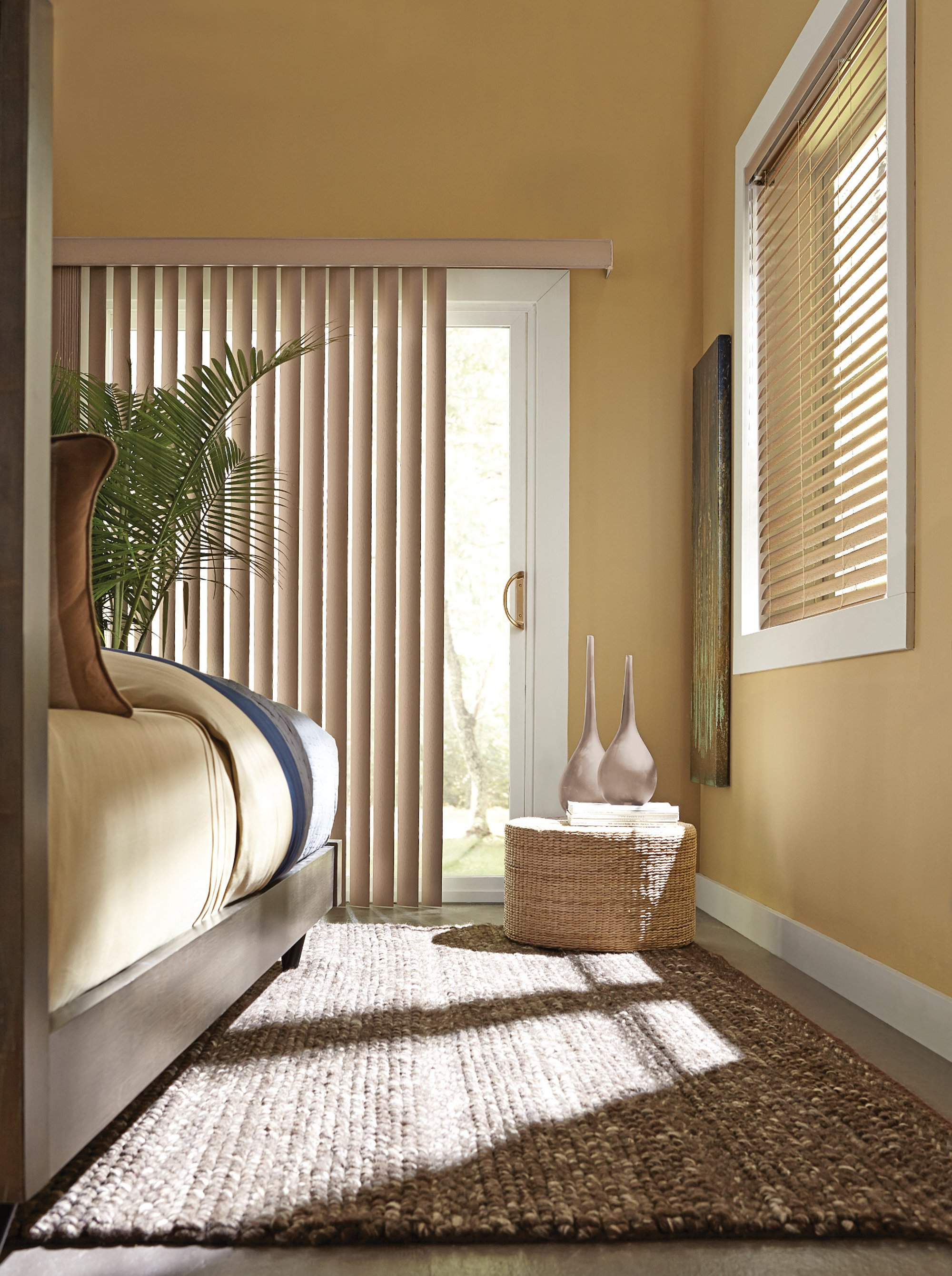 Kensington Vertical Blind with Wand Control